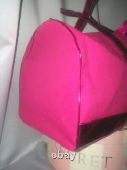 SEXY Victorias Secret LARGE GETAWAY ICONIC DUFFLE Bag CARRIE ON LUGGAGE NWT
