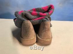 Victoria's Secret PINK Rare Mukluks Knit Sweater Boots 7/8 Medium
