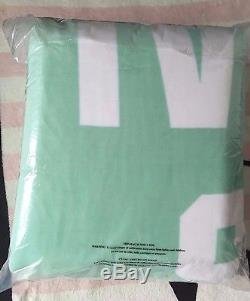 Victoria's Secret Pink Sherpa The Snuggle Is Real Mint White Soft Throw Blanket