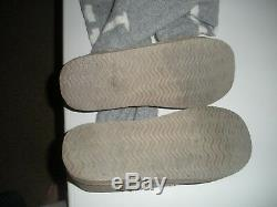 Victorias Secret Pink Sweater Boots Mukluks Gray White Sweater Shoes M (7-8)